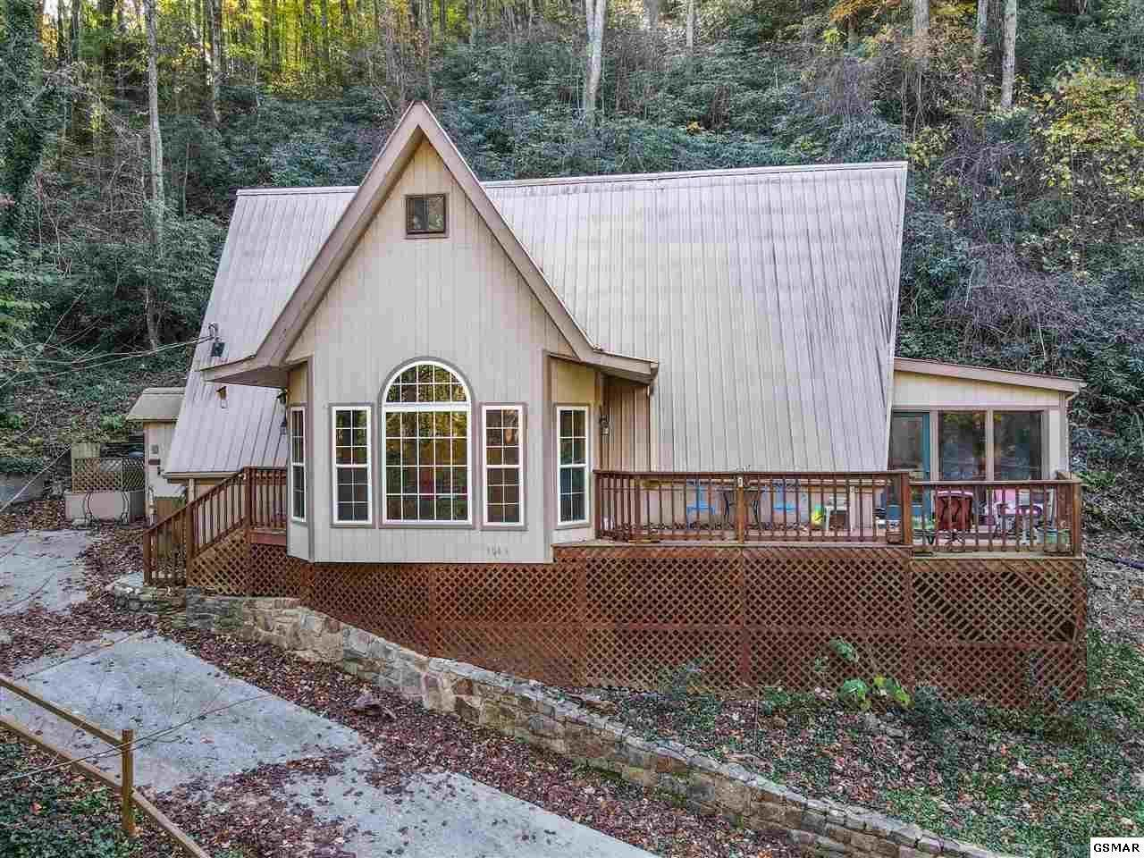 1043 Ski Mountain Rd - Photo 1
