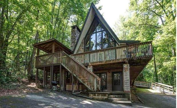 909 Echo Place, Gatlinburg, TN 37738 (#1139047) :: Adam Wilson Realty