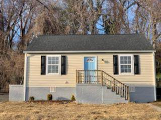 1913 Natchez Ave, Knoxville, TN 37915 (#1139903) :: The Cook Team