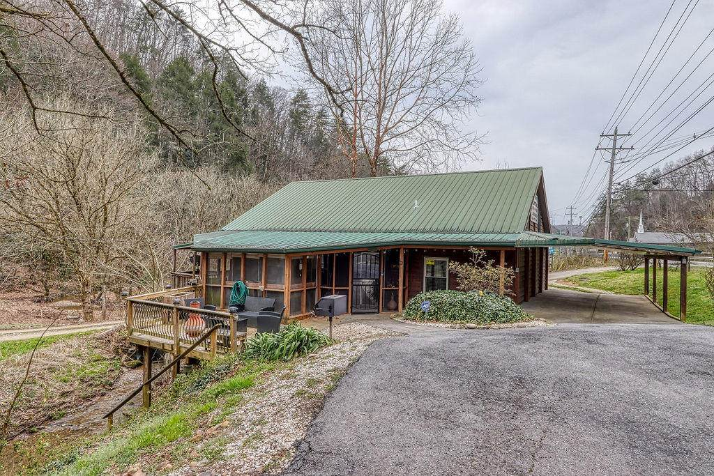 1564 Upper Middle Creek Rd - Photo 1