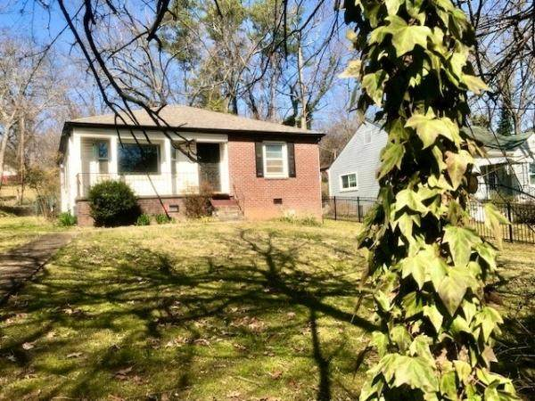 3307 Fountain Park Blvd, Knoxville, TN 37917 (#1146405) :: The Cook Team
