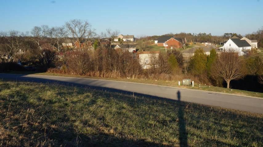 210 Hilltop Drive - Photo 1