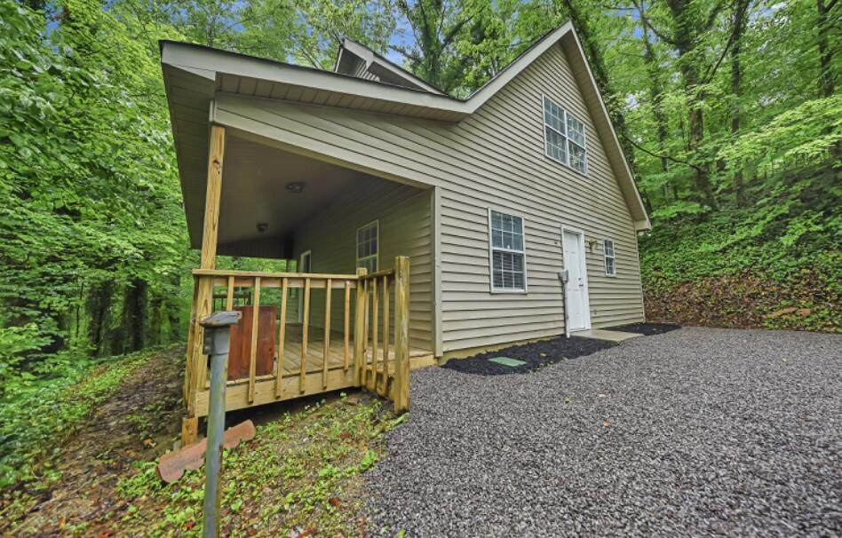 900 Mount Olive Rd - Photo 1