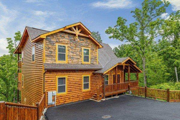 452 Alpine Mountain Way, Pigeon Forge, TN 37863 (#1158855) :: The Terrell-Drager Team
