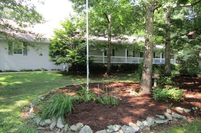 2142 Keno Drive, Crossville, TN 38572 (#1162600) :: JET Real Estate