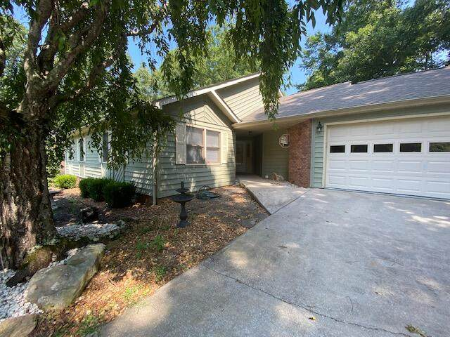 143 Norcross Rd, Fairfield Glade, TN 38558 (#1162776) :: Shannon Foster Boline Group