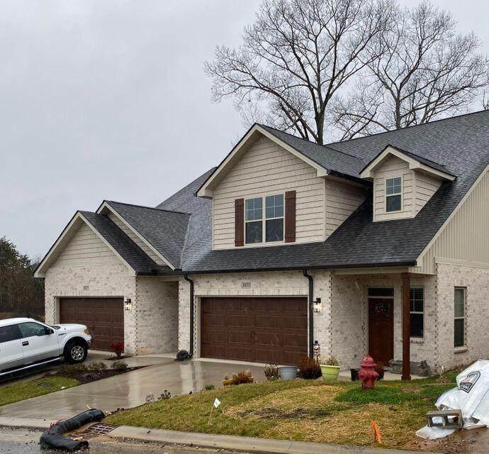 2105 Rose Cottage Way - Photo 1