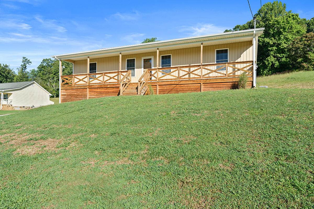 411 Red Hill Rd - Photo 1