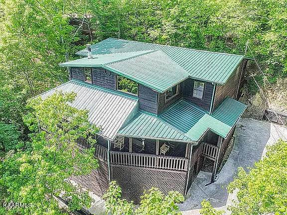 2202 Applewood Rd, Sevierville, TN 37862 (#1171185) :: Collins Family Homes   Keller Williams Smoky Mountains