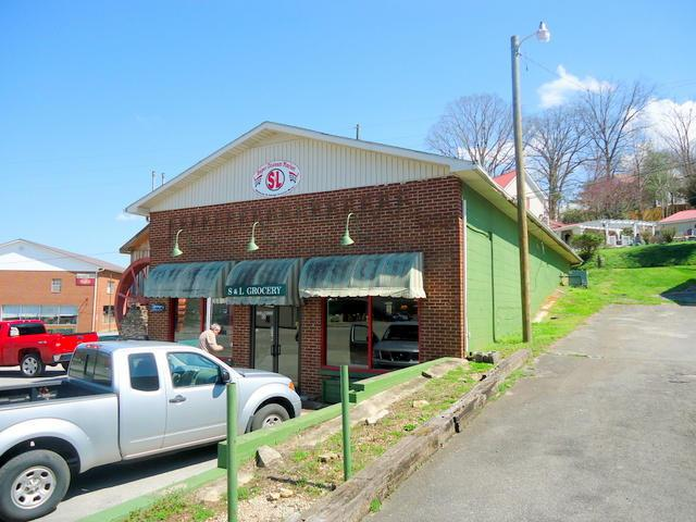 805 Highway 165, Tellico Plains, TN 37385 (#918944) :: The Creel Group | Keller Williams Realty