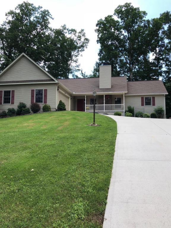 272 Forest Hill Drive, Fairfield Glade, TN 38558 (#1047119) :: Billy Houston Group