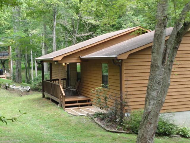 1185 Big Creek Rd, LaFollette, TN 37766 (#1052390) :: Billy Houston Group