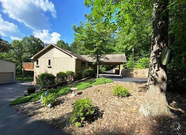 634 Armstrong Drive, Dandridge, TN 37725 (#1122418) :: Venture Real Estate Services, Inc.