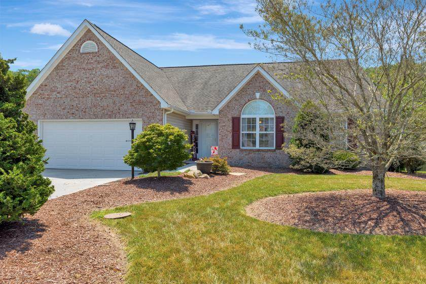 1572 Mandrell Drive Drive - Photo 1