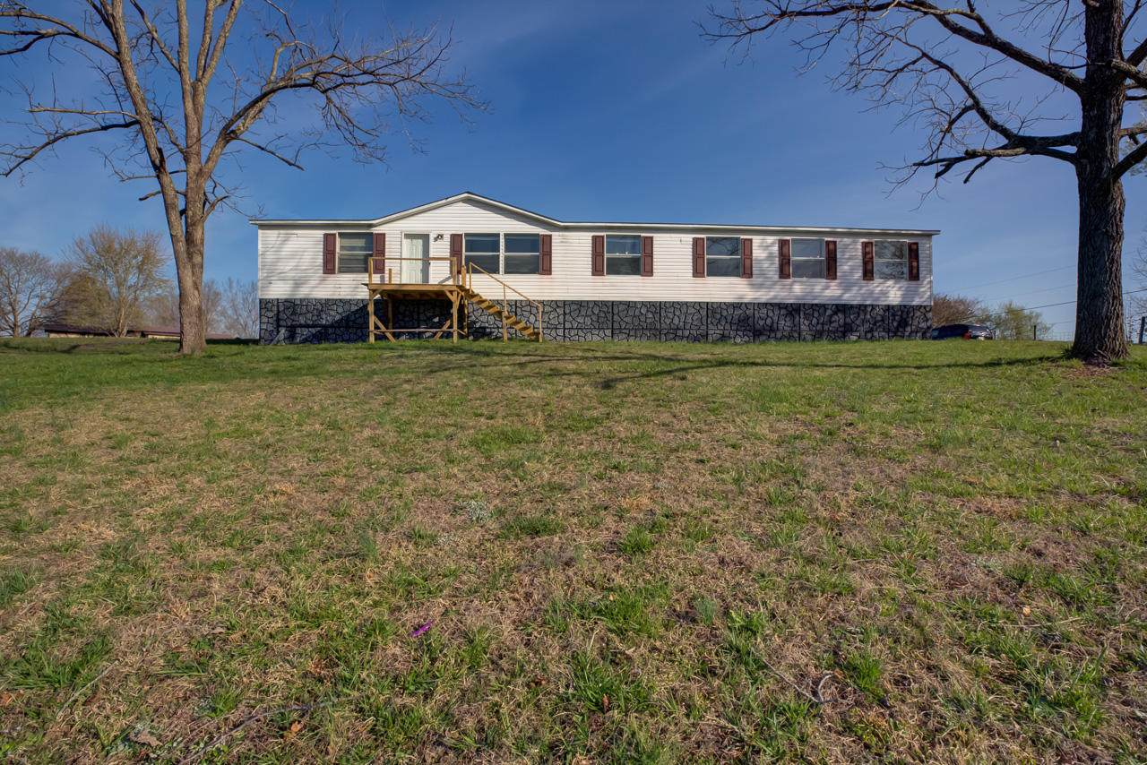 745A Landmark Rd - Photo 1