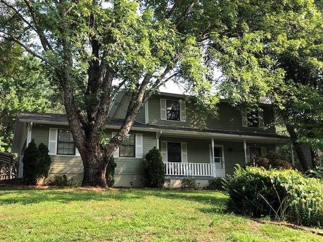 10113 Oak Creek Lane, Knoxville, TN 37932 (#1161402) :: The Cook Team
