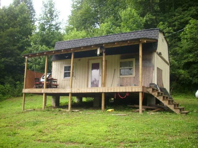 372 Lick Creek Lane, LaFollette, TN 37766 (#1168576) :: A+ Team