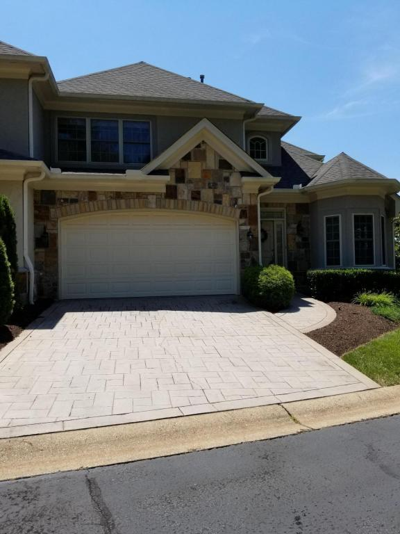 9220 Honors Way #23, Knoxville, TN 37922 (#1033557) :: Billy Houston Group
