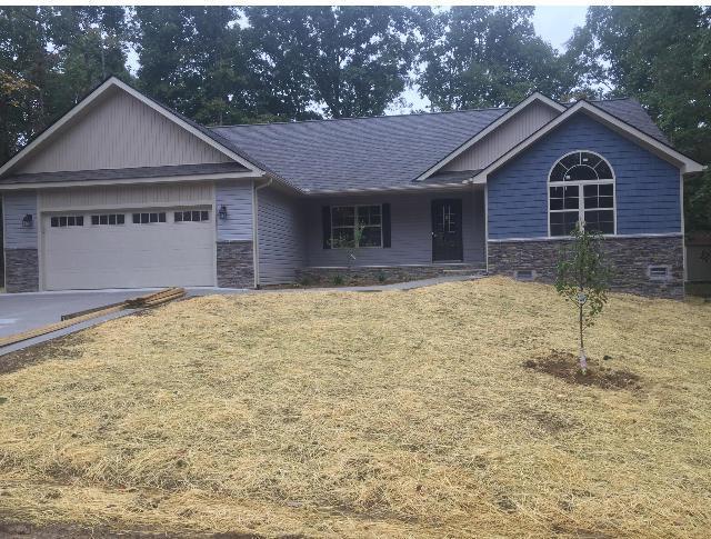 172 Albemarle Lane, Crossville, TN 38558 (#1053554) :: Shannon Foster Boline Group