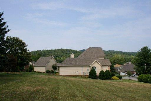 248 Lochmere Drive, Morristown, TN 37814 (#806748) :: Realty Executives