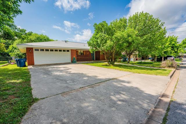 117 Crestwood Dr, Kerrville, TX 78028 (MLS #103863) :: Neal & Neal Team