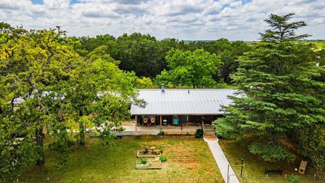 1085 Hollmig, Fredericksburg, TX 78624 (MLS #103891) :: The Glover Homes & Land Group