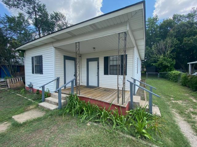 204 E Davis St, Kerrville, TX 78028 (MLS #103988) :: The Glover Homes & Land Group