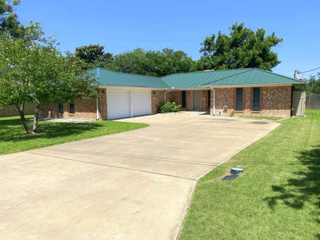 414 Meadow Ridge Dr, Kerrville, TX 78028 (MLS #104316) :: Neal & Neal Team