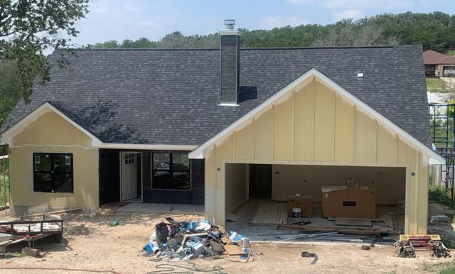 414 Alvin Dr, Kerrville, TX 78028 (MLS #104414) :: The Glover Homes & Land Group