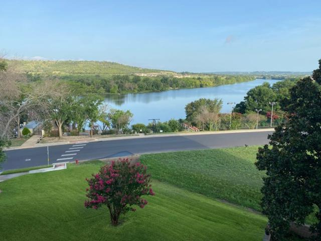 1012 Guadalupe St, Kerrville, TX 78028 (MLS #104564) :: The Curtis Team
