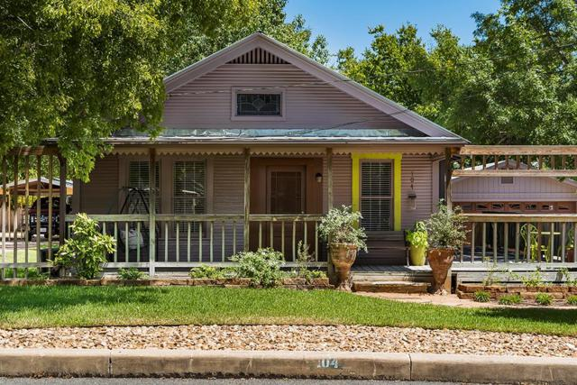 104 W College St, Fredericksburg, TX 78624 (MLS #104575) :: Neal & Neal Team