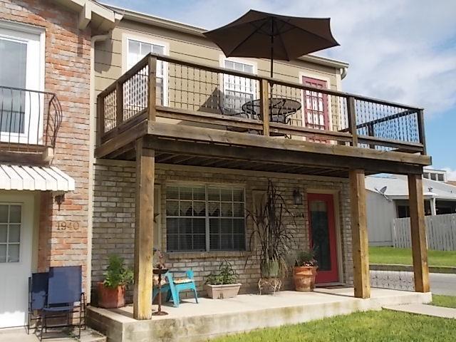 1944 Leslie Dr, Kerrville, TX 78028 (MLS #104432) :: The Glover Homes & Land Group