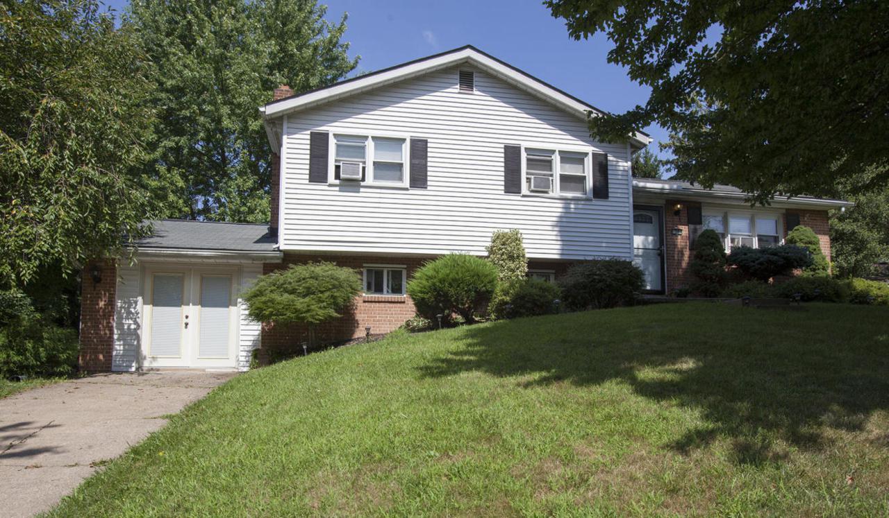 50 Delmont Avenue, Harrisburg, PA 17111 (MLS #255109) :: The Craig Hartranft Team, Berkshire Hathaway Homesale Realty