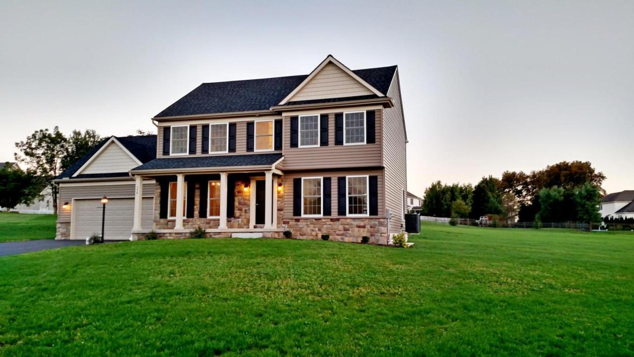 356 S Windsor Avenue #2, Palmyra, PA 17078 (MLS #252834) :: The Craig Hartranft Team, Berkshire Hathaway Homesale Realty