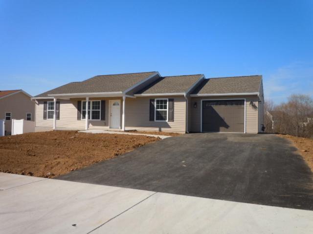 13 Horizon Drive #106, Fredericksburg, PA 17026 (MLS #261537) :: The Craig Hartranft Team, Berkshire Hathaway Homesale Realty