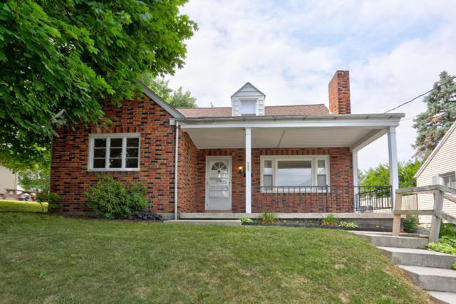 686 Broad Street, Akron, PA 17501 (MLS #266437) :: The Craig Hartranft Team, Berkshire Hathaway Homesale Realty