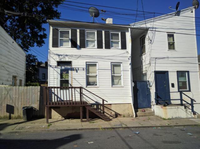 420 E Strawberry Street, Lancaster, PA 17602 (MLS #266819) :: The Craig Hartranft Team, Berkshire Hathaway Homesale Realty