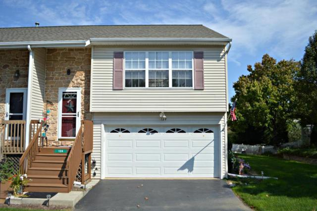 124 Norlawn Circle, Lancaster, PA 17601 (MLS #271263) :: The Craig Hartranft Team, Berkshire Hathaway Homesale Realty
