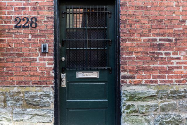 228 E Grant Street #201, Lancaster, PA 17602 (MLS #263169) :: The Craig Hartranft Team, Berkshire Hathaway Homesale Realty