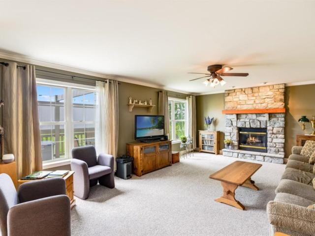 24 Hoover Drive, Ephrata, PA 17522 (MLS #265806) :: The Craig Hartranft Team, Berkshire Hathaway Homesale Realty
