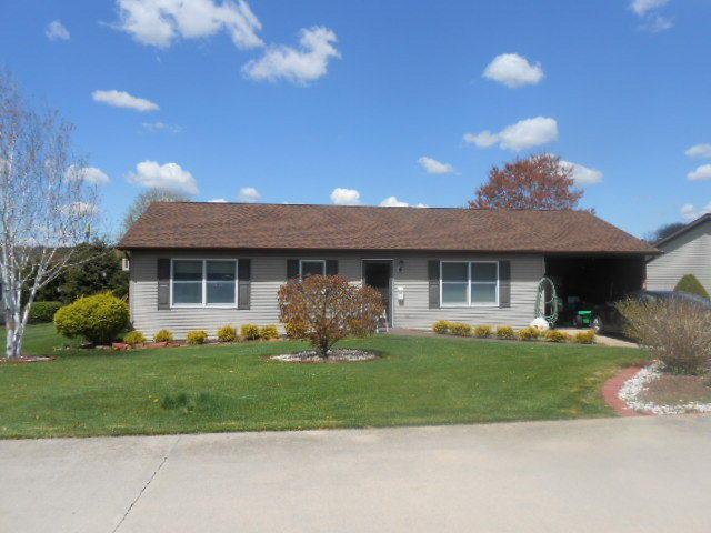 329 Towpath Lane, Pine Grove, PA 17963 (MLS #235317) :: The Craig Hartranft Team, Berkshire Hathaway Homesale Realty