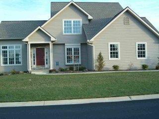 417 Lochwood Drive, Lebanon, PA 17046 (MLS #239504) :: The Craig Hartranft Team, Berkshire Hathaway Homesale Realty