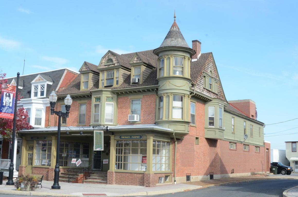 54-56 E Main Street, Ephrata, PA 17522 (MLS #243102) :: The Craig Hartranft Team, Berkshire Hathaway Homesale Realty