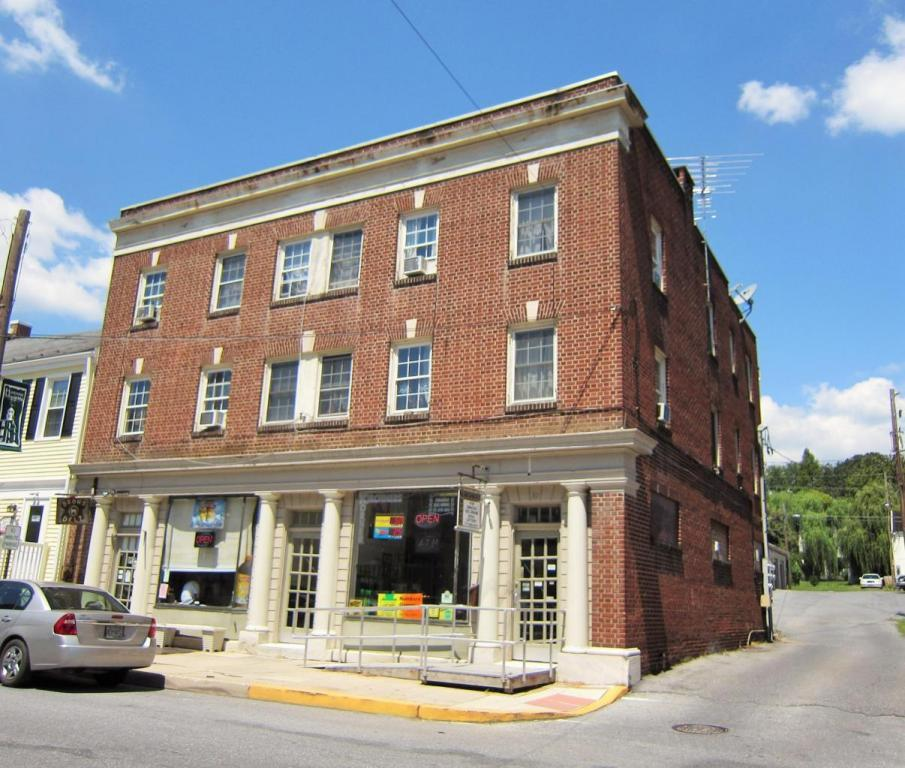 30-32-34 W Market Street, Marietta, PA 17547 (MLS #246747) :: The Craig Hartranft Team, Berkshire Hathaway Homesale Realty