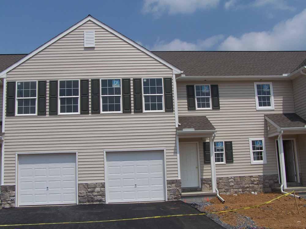 256 South Village Circle #190, Palmyra, PA 17078 (MLS #247446) :: The Craig Hartranft Team, Berkshire Hathaway Homesale Realty