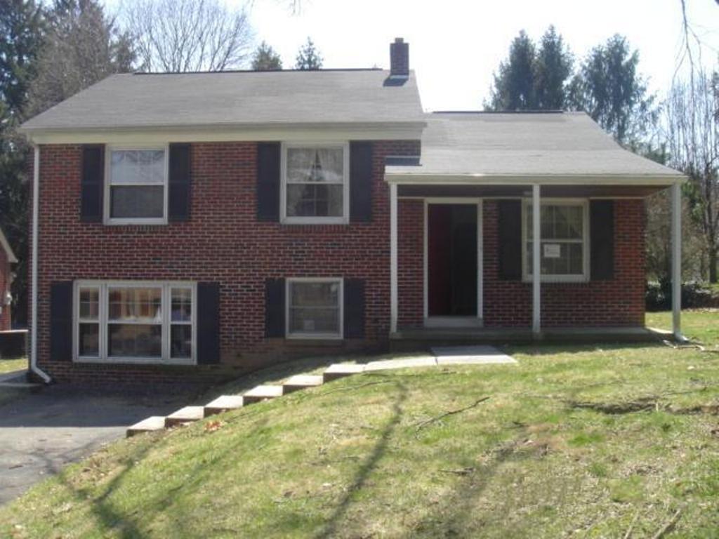 114 Meadia Avenue, Lancaster, PA 17602 (MLS #248825) :: The Craig Hartranft Team, Berkshire Hathaway Homesale Realty