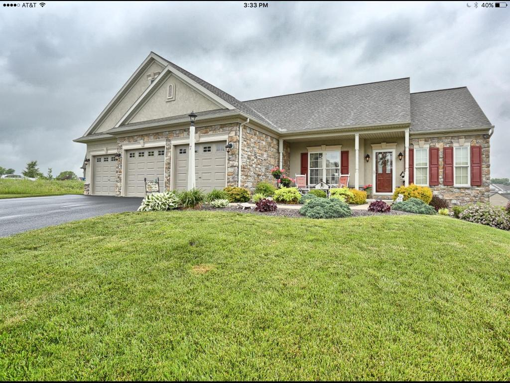 7 Apple Blossom Lane, Womelsdorf, PA 19567 (MLS #252570) :: The Craig Hartranft Team, Berkshire Hathaway Homesale Realty