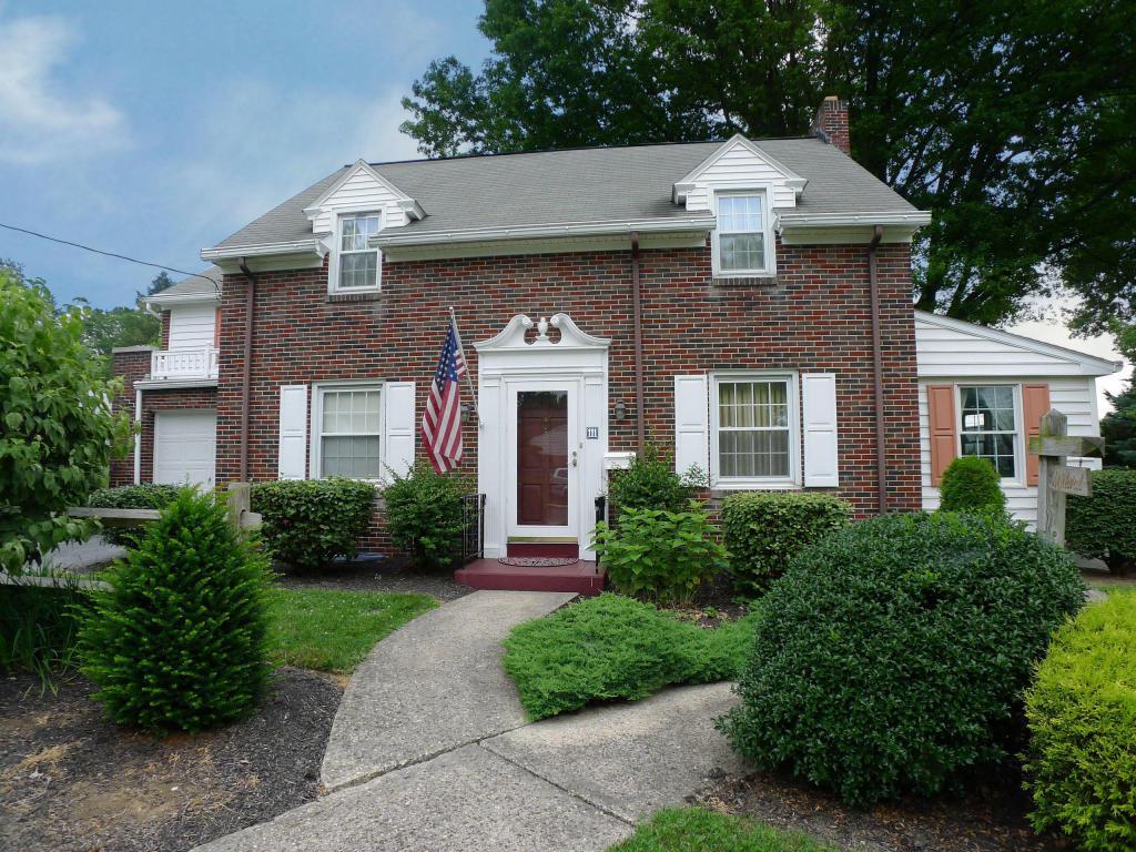 111 Martin Avenue, Ephrata, PA 17522 (MLS #253702) :: The Craig Hartranft Team, Berkshire Hathaway Homesale Realty