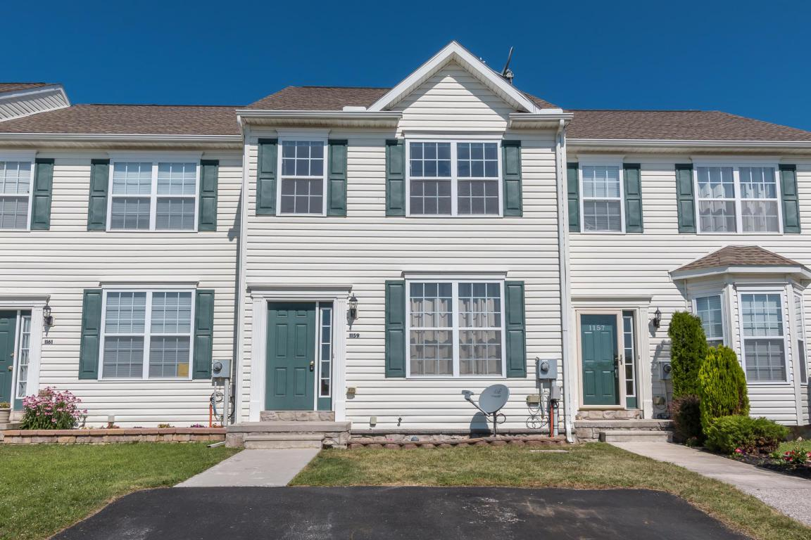 1159 Ledge Drive, York, PA 17408 (MLS #253787) :: The Craig Hartranft Team, Berkshire Hathaway Homesale Realty