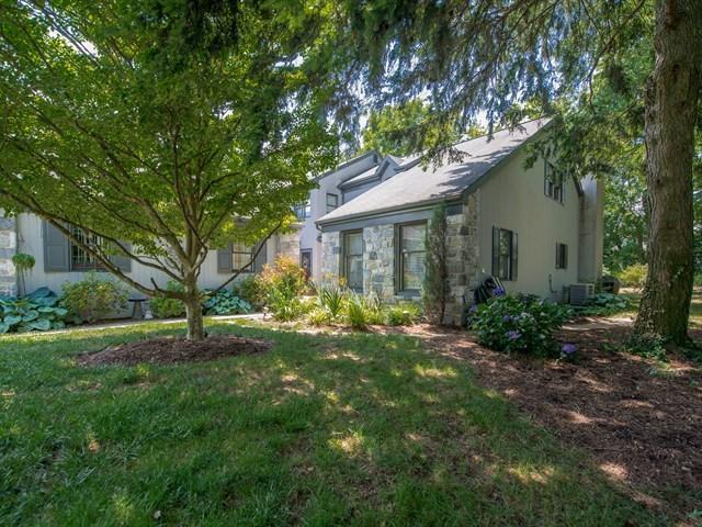 51 Deer Ford Drive, Lancaster, PA 17601 (MLS #253903) :: The Craig Hartranft Team, Berkshire Hathaway Homesale Realty